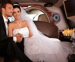 Choose us for your next wedding transportation